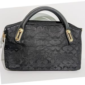 Guess Purse Black and Gold